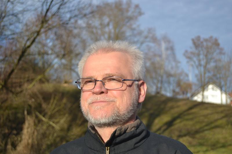 Dr. Peter Schad
