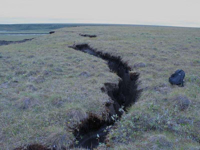 Riss im Permafrostboden