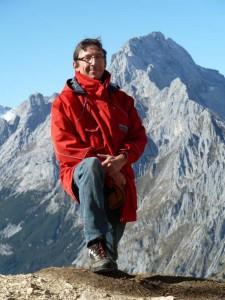 Dr. Robert Traidl