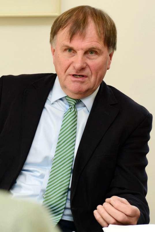 Prof. Dr. Werner Wahmhoff